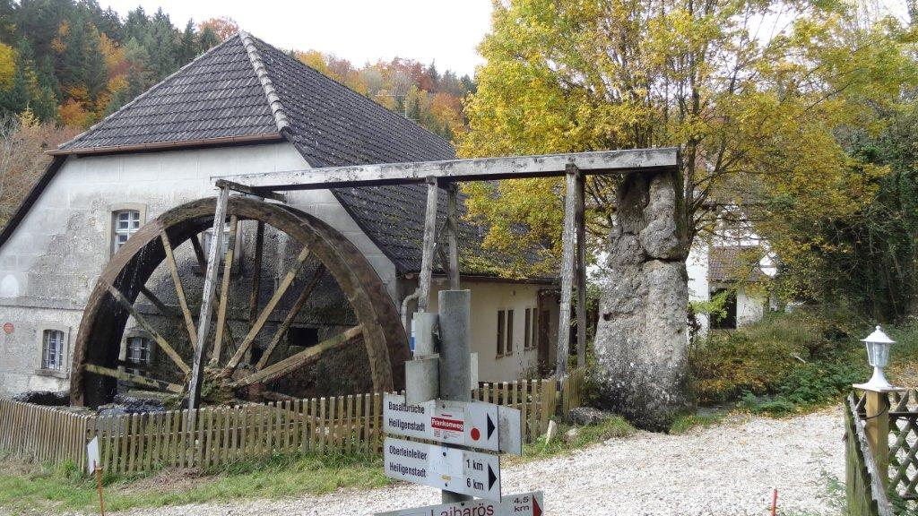 Heroldsmühle mill in the Leinleiter valley is an ideal destination for an excursion and a great starting point for bike tours through the Leinleiter and Wiesent valleys.